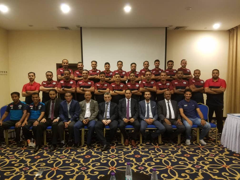 وزير الشباب والرياضية يشيد بحكام اليمن الدوليين في المشاركات الخارجية